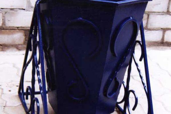 urna-metall4EDA19FDF-53EE-6DDE-7888-9FEACA7A5B9E.jpg
