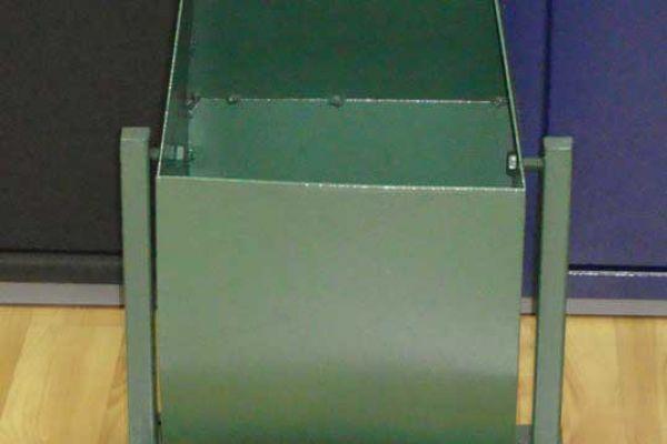 urna-metall819E4C64-7015-0979-CE02-EF8E5600BD36.jpg